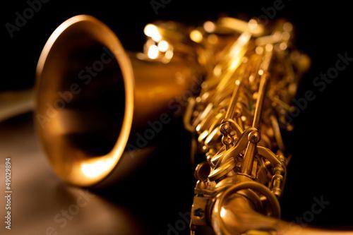 Obraz na plátně Tenor sax golden saxophone macro selective focus