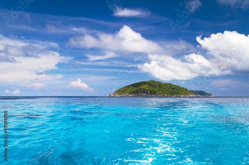 Deurstickers Tropical strand Turquoise water of Andaman Sea at Similan islands, Thailand