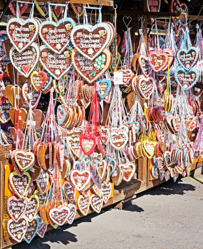 Foto op Aluminium Graffiti gingerbread heart