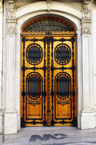 szczegol-stary-drzwi-przy-lisbon-portugalia