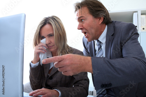 Fotografering  Mobbing im Büro