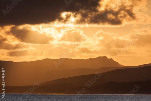 Carta da parati Sunset over Islay from the Islay ferry