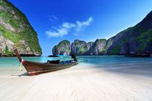 Maya Bay Phi Phi Leh Island, Thailand