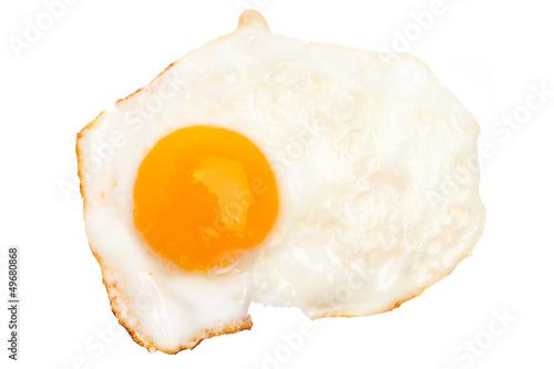 Deurstickers Gebakken Eieren Ein Spiegelei vor weißem Hintergrund