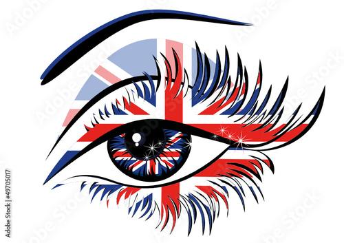 flagi-wielkiej-brytanii-w-pieknym-kobiecym-oku