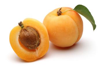 Fresh Apricot and Half Apricot