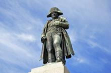 Napoleon-Denkmal Auf Korsika