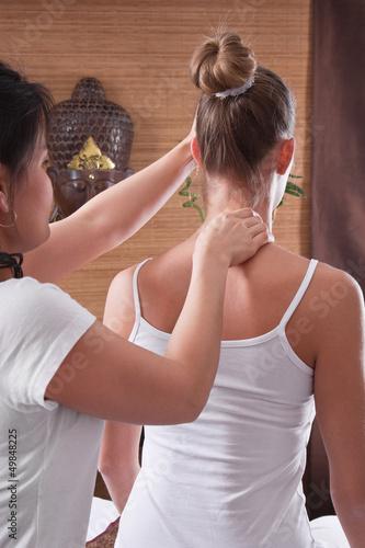 Photo Schmerztherapie durch Thai-Massage