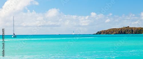Foto op Plexiglas Caraïben Sailboat on the Caribbean