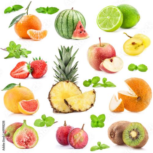 kolekcja-owoc-z-mennica-odizolowywajaca-na-bialym-tle