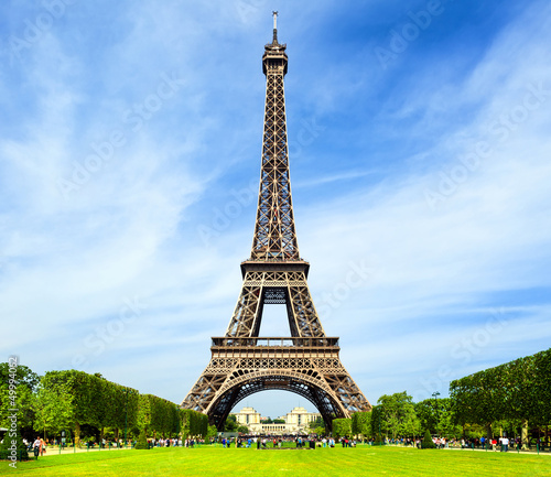 Obraz Eiffel Tower - Paris - fototapety do salonu