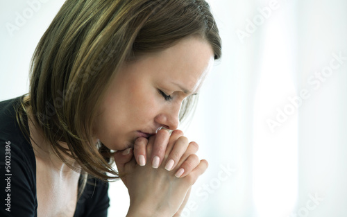 Fototapeta crying woman obraz