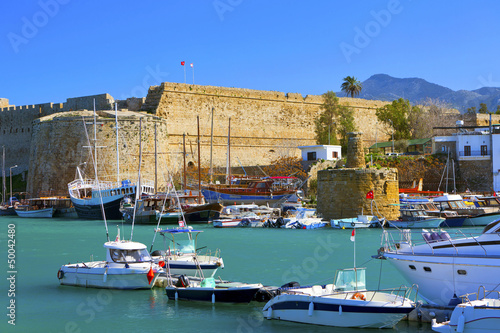 Tuinposter Cyprus Harbour and medieval castle in Kyrenia, North Cyprus.