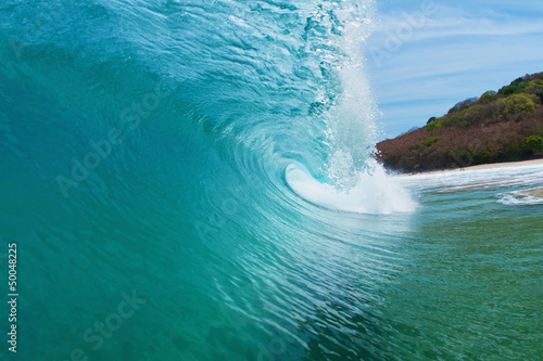 Spoed Foto op Canvas Water clean beautiful wave barrel
