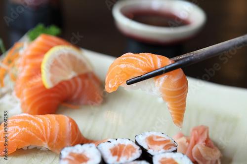 Pinturas sobre lienzo  Salmon Sushi set