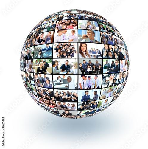 Obraz A globe i with many different business people - fototapety do salonu