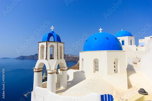 Papiers peints Santorini dome church in Santorini Greece