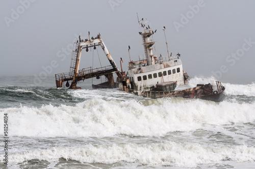 Foto op Canvas Schipbreuk Shipwreck on the Skeleton Coast, Namibia