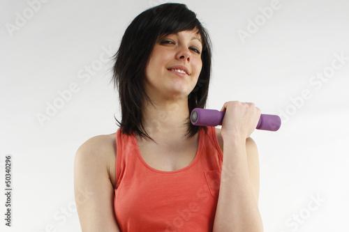 halteres fitness femme