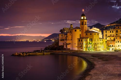 Photo sur Aluminium Ligurie Church on the Beach in Camogli near Genoa, Liguria, Italy