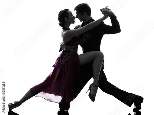 Photo couple man woman ballroom dancers tangoing  silhouette