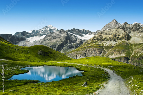 Tuinposter Bergen Amazing view of touristic trail near the Matterhorn in the Alps