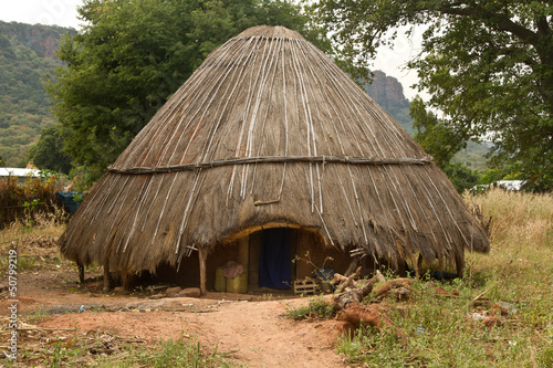 Fotografie, Obraz  Senegal Dindefelo Hut
