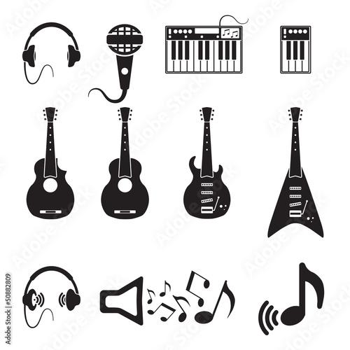 set-wektorowe-czarne-muzyczne-ikony-na-bielu