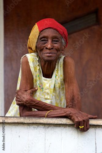 vieille femme créole Fototapet