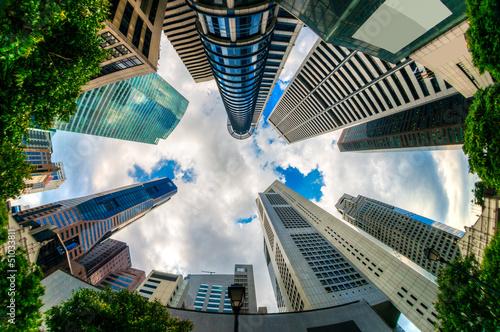 Tuinposter Singapore Fish-eye view of Singapore city skyline.