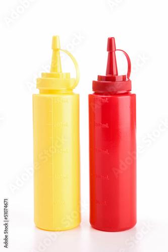 Fotografía  mayonnaise and ketchup