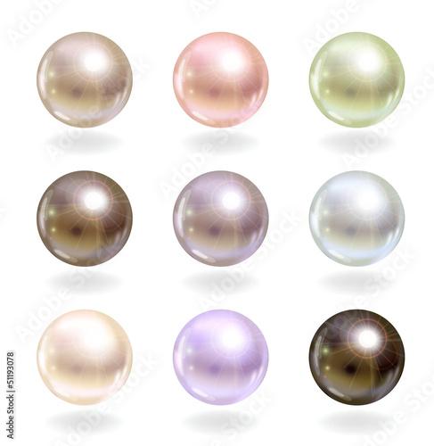 Canvas Print Shinyl pearls.