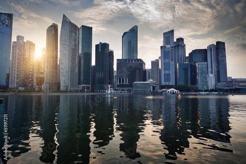 Obrazy na płótnie Canvas Singapore city in sunset time