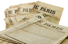 Tas D'ancien Journaux Paris