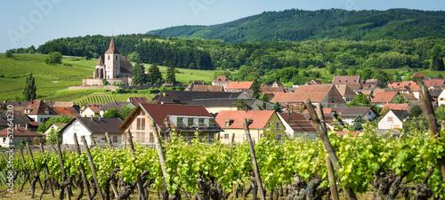 Brun profond Village bucolique