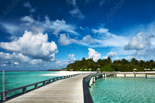 Tuinposter Pier Beautiful beach with jetty