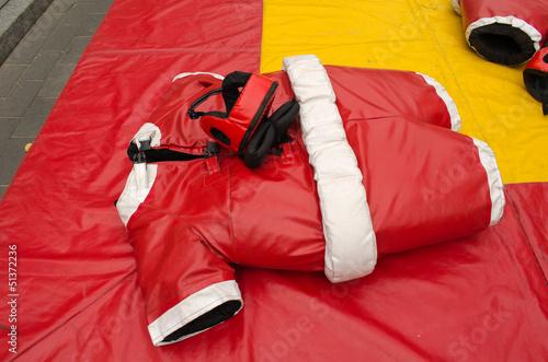 Fotografía  red sumo wrestler costume suit helmet