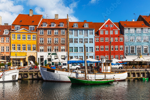 Foto op Aluminium Scandinavië Color buildings of Nyhavn in Copehnagen, Denmark
