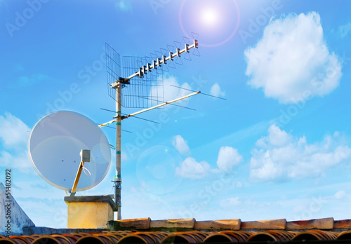 Fotografie, Tablou  satellite antenna and sun