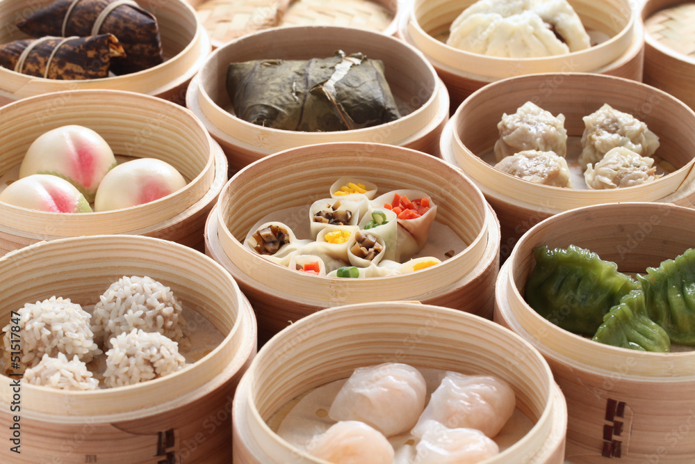 Photo  yumcha, dim sum in bamboo steamer, chinese cuisine