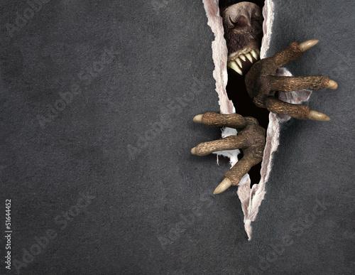 Cuadros en Lienzo Monster tearing a paper