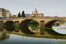 Am Arno In Florenz
