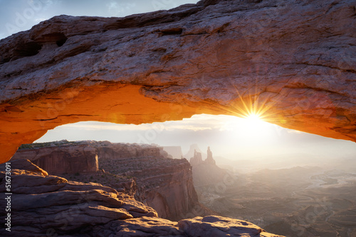 Photo sur Aluminium Parc Naturel famous Mesa Arch