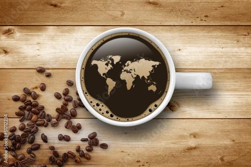 filizanka-kawy-z-pianka-w-ksztalcie