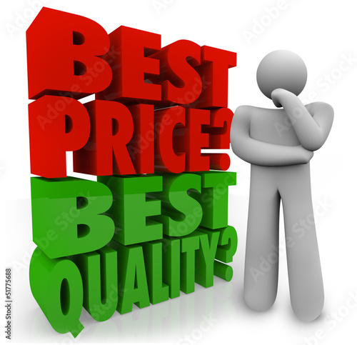 Fotografía  Buyer Person Thinking Best Price Vs Quality Choosing Priority