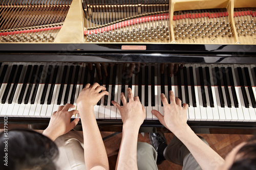 Photo  Piano duet