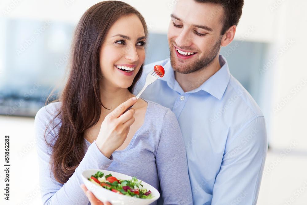 sallad dating