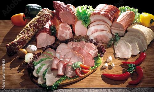 obraz dibond Mięso i kiełbasy nadal