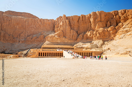 Tuinposter Egypte Temple of Queen Hatshepsut near the Valley of the Kings in Egypt