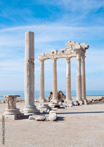 Poster Turquie Temple of Athena ancient ruins in Side Turkey.